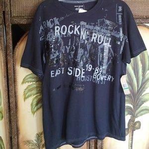 DKNY nwt t-shirt rshirt